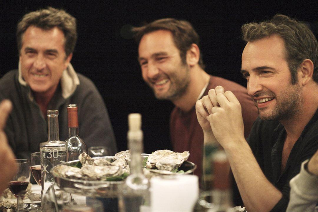 Photo de jean dujardin les petits mouchoirs photo for Film de jean du jardin