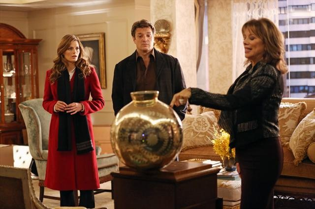 Photo Nancy Lee Grahn, Nathan Fillion, Stana Katic