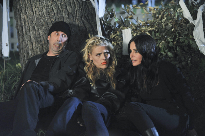 Photo Bob Clendenin, Busy Philipps, Courteney Cox