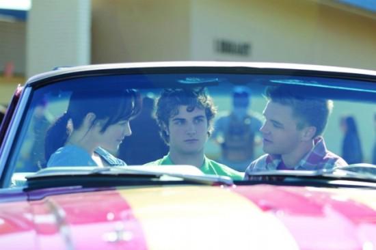Photo Ashley Rickards, Beau Mirchoff, Brett Davern