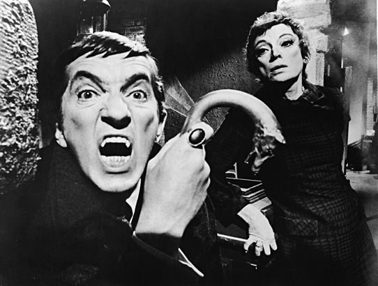 Dark Shadows : Photo Grayson Hall, Jonathan Frid