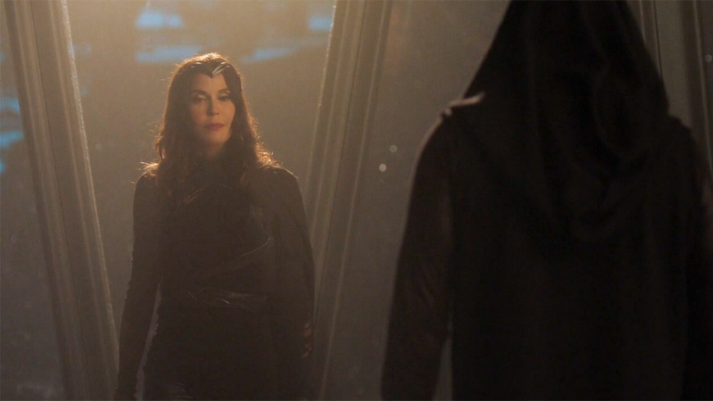 Teri Hatcher dans l'épisode 15 de la saison 2 de Supergirl