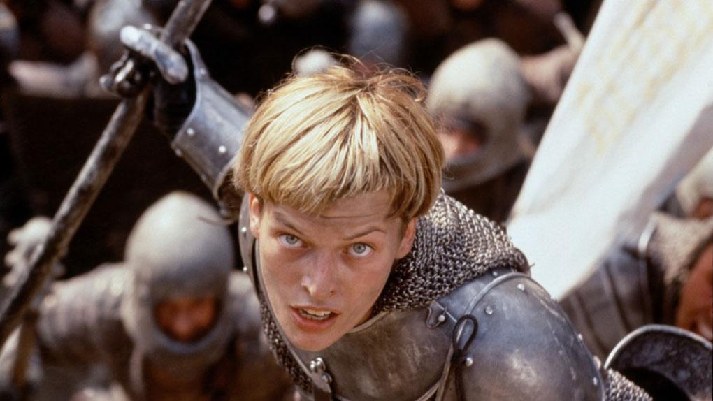 """Milla Jovovich dans """"Jeanne d'Arc"""" de Luc Besson (1999)"""