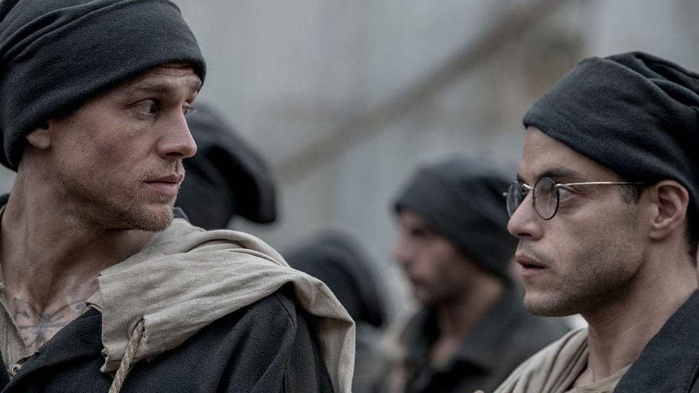 """Charlie Hunnam et Rami Malek dans le prochain remake de """"Papillon"""""""