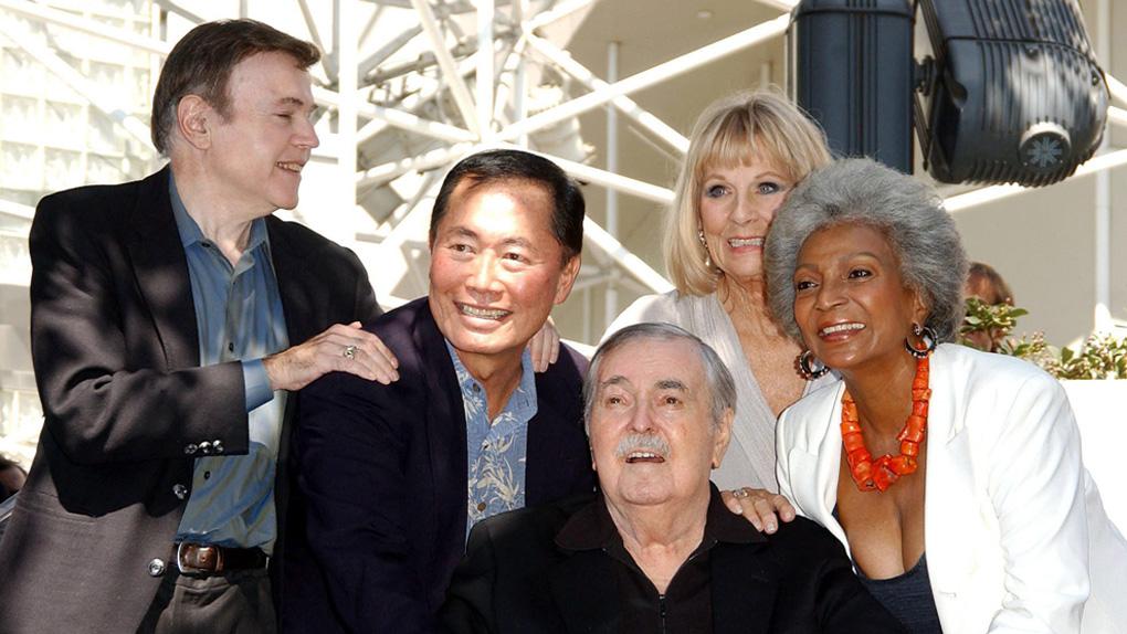 """En 2004, avec plusieurs acteurs de la série """"Star Trek"""""""