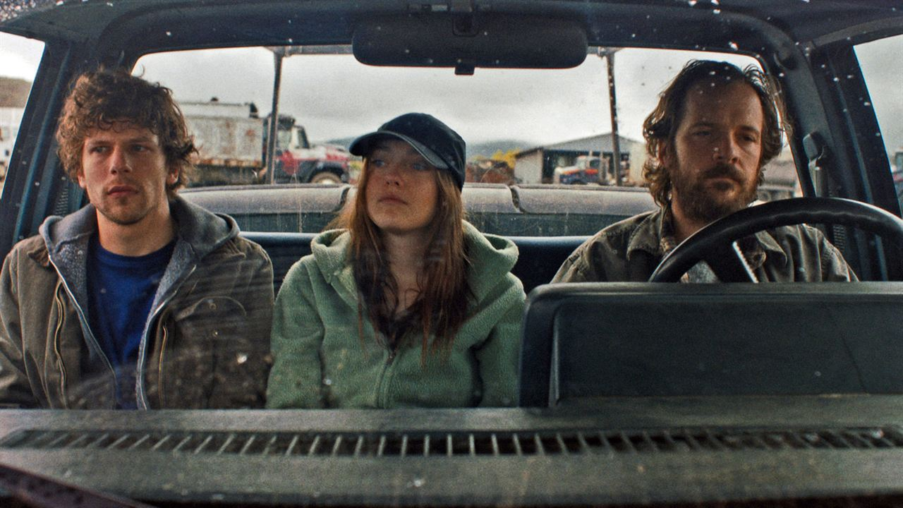 Night Moves : Photo Dakota Fanning, Jesse Eisenberg, Peter Sarsgaard