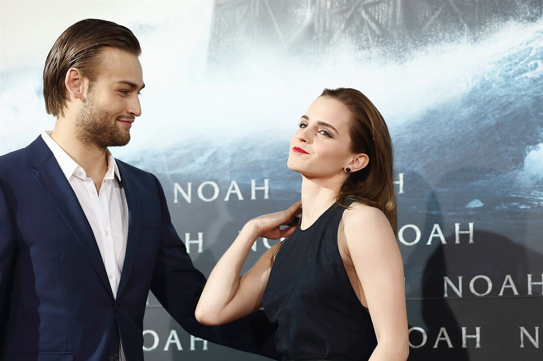 Noé : Photo promotionnelle Douglas Booth, Emma Watson