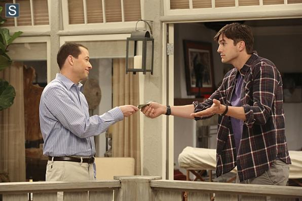 Photo Ashton Kutcher, Jon Cryer