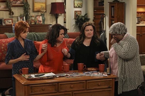Photo Cleo King, Katy Mixon, Melissa McCarthy, Swoosie Kurtz
