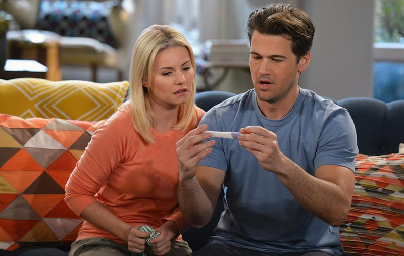 Photo Elisha Cuthbert, Nick Zano
