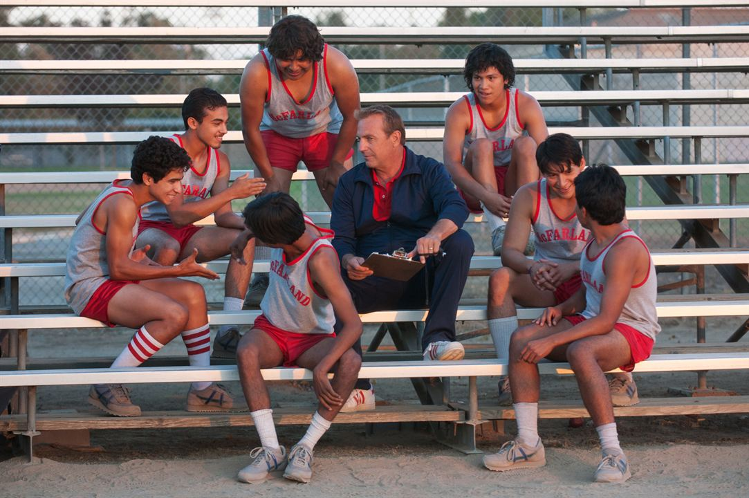 McFarland, USA : Photo Carlos Pratts, Hector Duran, Johnny Ortiz, Kevin Costner