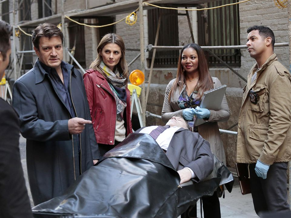 Photo Jon Huertas, Nathan Fillion, Stana Katic, Tamala Jones