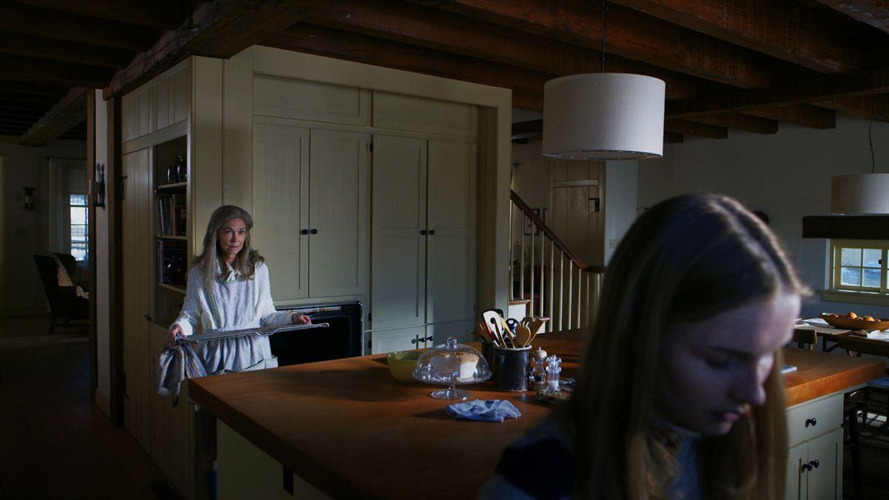The Visit : Photo Deanna Dunagan, Olivia DeJonge