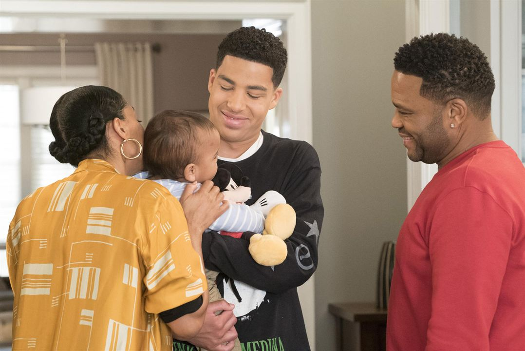 Photo Anthony Anderson, Marcus Scribner, Tracee Ellis Ross