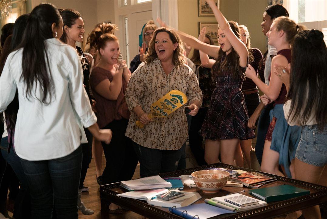 Life Of The Party : Photo Adria Arjona, Jessie Ennis, Melissa McCarthy, Molly Gordon