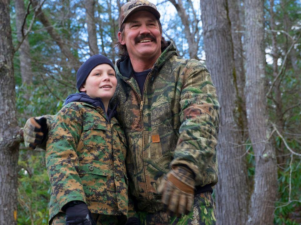 My Deer Hunter Dad : Photo Josh Brolin, Montana Jordan