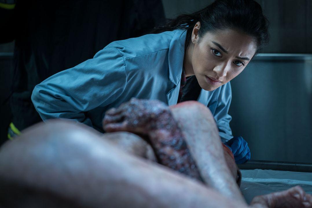 L'Exorcisme de Hannah Grace : Photo Shay Mitchell