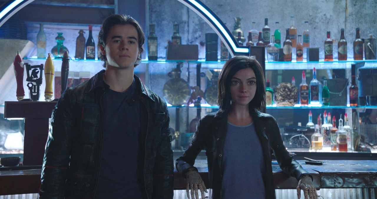 Alita : Battle Angel : Photo Keean Johnson, Rosa Salazar