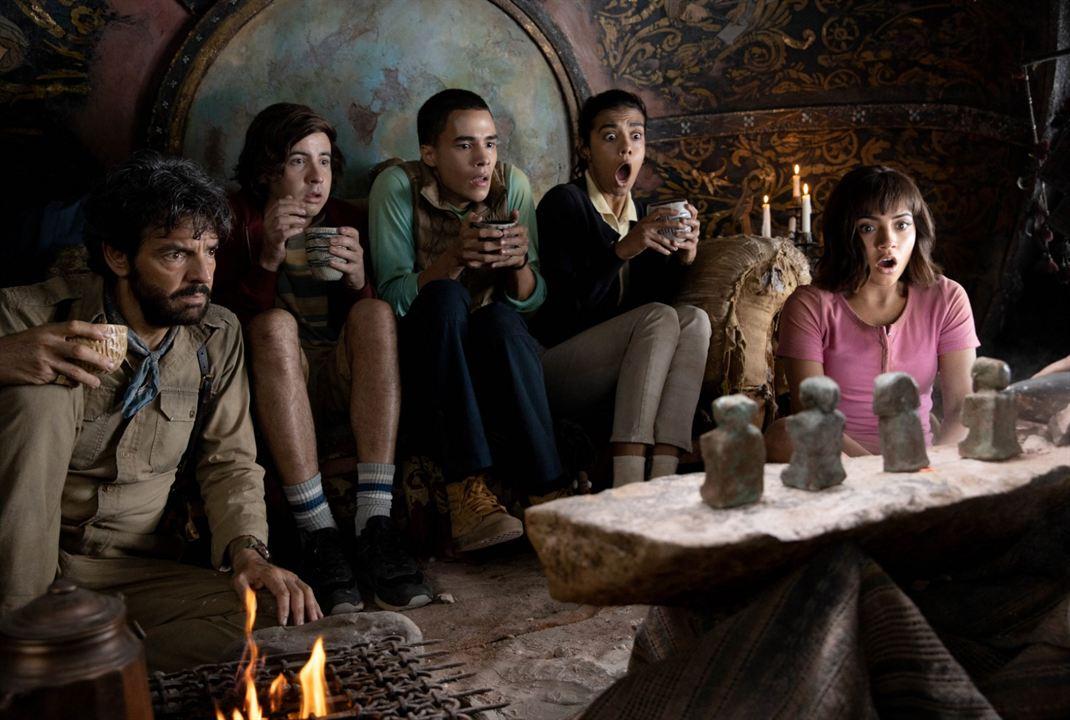 Dora et la Cité perdue : Photo Eugenio Derbez, Isabela Moner, Jeffrey Wahlberg, Madeleine Madden, Nicholas Coombe
