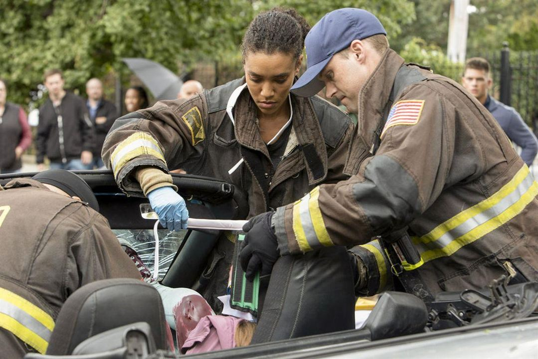Photo Annie Ilonzeh, Jesse Spencer