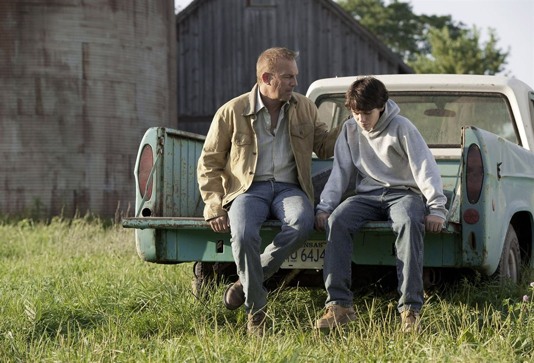 Man of Steel : Photo Dylan Sprayberry, Kevin Costner