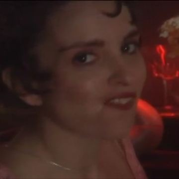 """Un point sur la franchise """"Law & Order""""  ;  Le cadeau coquin de Tina Fey  ;  Le best; of de l'actu en 30 secondes  ;  Le retour de Kristin Chenoweth  ;  L'""""Anarchy"""" selon les """"Sons"""""""