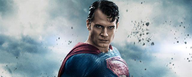 Superman henry cavill n 39 a plus qu 39 un film dc comics dans - Signe de superman ...