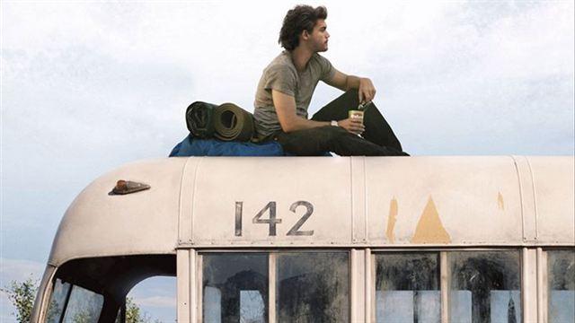 Une femme meurt en essayant d'atteindre le célèbre bus d'