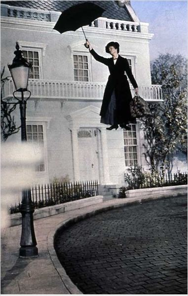 Mary Poppins : photo Julie Andrews, Robert Stevenson