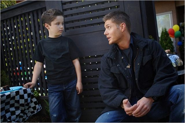 Supernatural : Photo Jensen Ackles, Nicholas Elia
