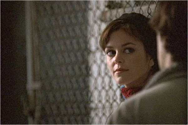 Brick : Photo Nora Zehetner, Rian Johnson