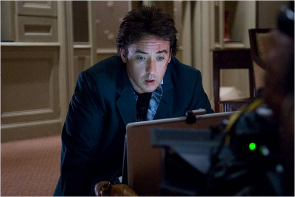 Photo de john cusack dans le film chambre 1408 photo 147 for Chambre 1408 allocine