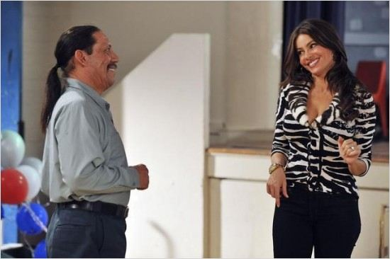 Modern Family : Photo Danny Trejo, Sofia Vergara