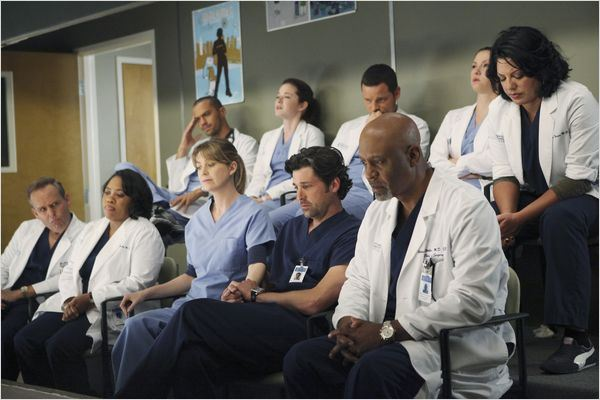 Grey&#39;s Anatomy : Photo Chandra Wilson, Chyler Leigh, Ellen Pompeo, James Pickens Jr., Jesse Williams