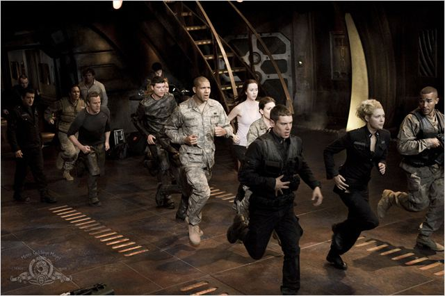 Stargate Universe : photo Alaina Huffman, Brian J. Smith, Jamil Walker Smith