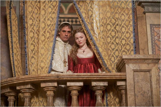 The Borgias : photo Holliday Grainger, Jeremy Irons
