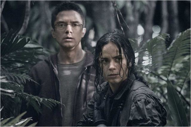 Predators : Photo Alice Braga, Nimrod Antal, Topher Grace