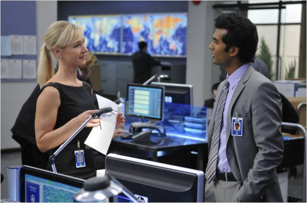 Covert Affairs : photo Kari Matchett, Sendhil Ramamurthy