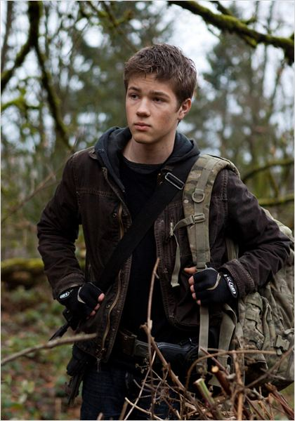 Falling Skies : photo Connor Jessup