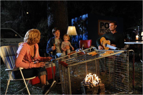 Raising Hope : photo Baylie Cregut, Garret Dillahunt, Lucas Neff, Martha Plimpton