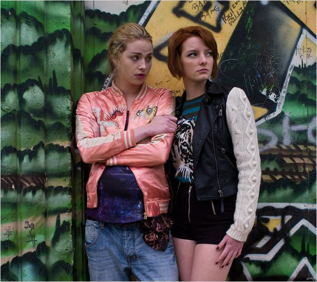 Photo Dakota Blue Richards, Freya Mavor