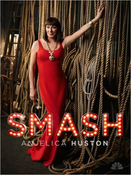 Smash : photo Anjelica Huston