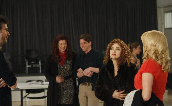 Photo Bernadette Peters, Christian Borle, Debra Messing, Jack Davenport, Megan Hilty