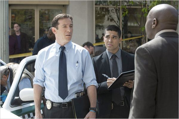 Awake : photo Jason Isaacs, Wilmer Valderrama