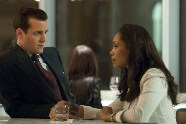 Suits, avocats sur mesure : photo Gabriel Macht, Gina Torres
