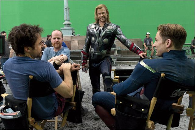 Avengers : Photo Chris Hemsworth, Joss Whedon, Robert Downey Jr.