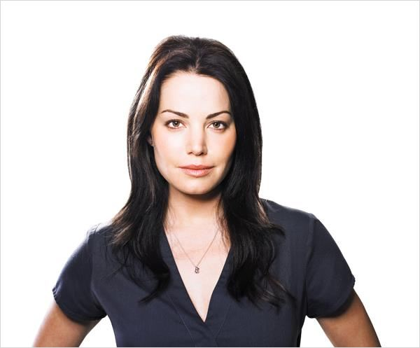 Saving Hope : photo Erica Durance