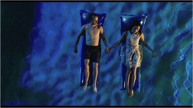 http://fr.web.img3.acsta.net/r_640_600/b_1_d6d6d6/pictures/14/06/27/12/09/340607.jpg