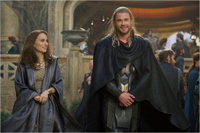 Thor : Le Monde des ténèbres : Photo Chris Hemsworth, Natalie Portman