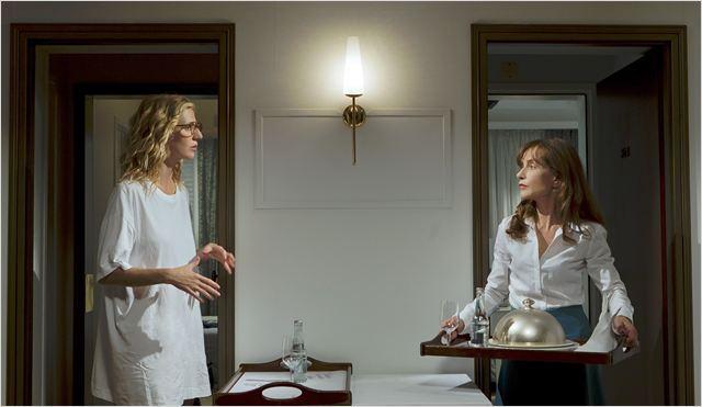 Tip Top : Photo Isabelle Huppert, Sandrine Kiberlain